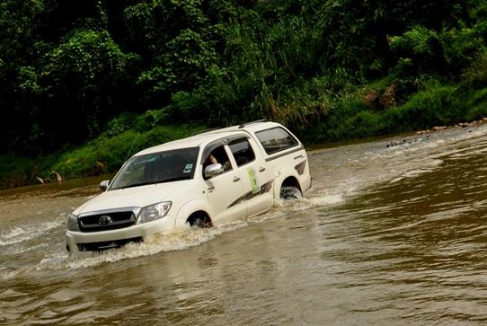Imbak River Crossing